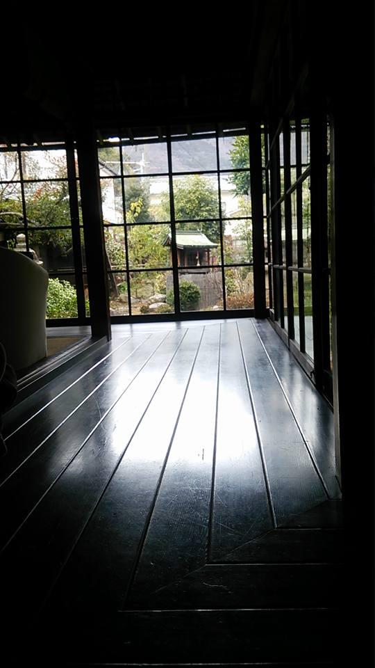 築100年のお屋敷 -窓-