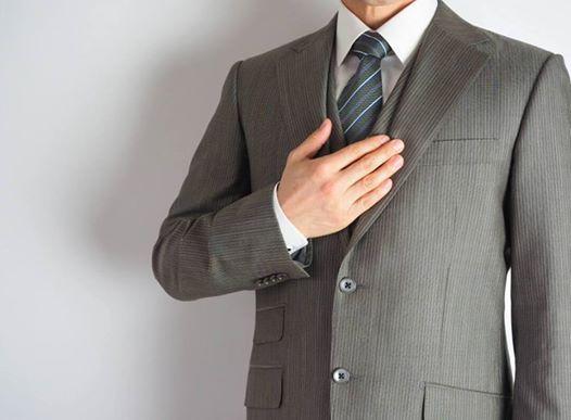 上司に信頼される部下のスーツは控えめな色・柄であるべき!?