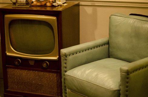 昭和30年代にタイムスリップ! レトロなテレビは今も使える?